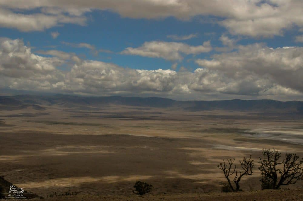 Wonders of the world Ngorongoro crater
